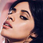 Camila Cabello lanza una línea de maquillaje inspirada en Cuba