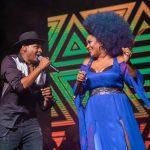 ¡Un concierto de los grandes! Descemer Bueno unió a la música cubana en el James L. Knight Center de Miami