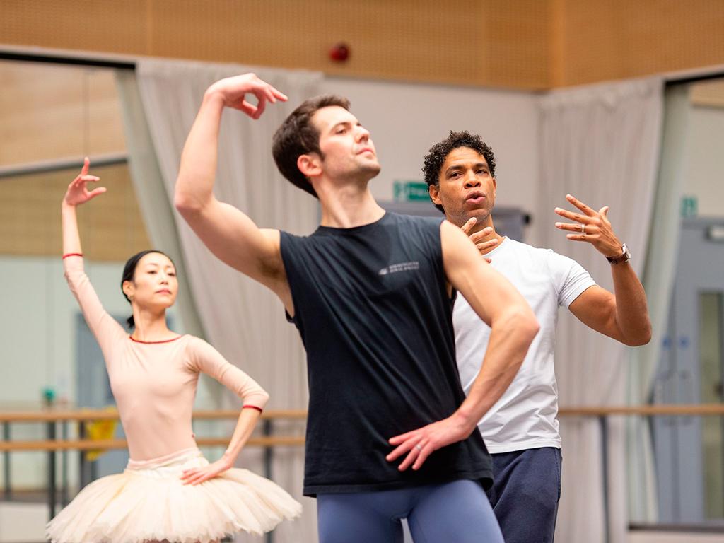 Carlos Acosta Royal Ballet de Birmingham